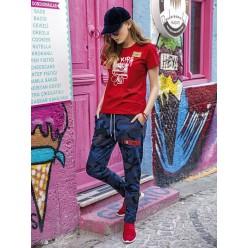Женская пижама брюки синие и футболка красная