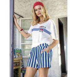 Женская пижама шортики в голубую полоску и футболка белая