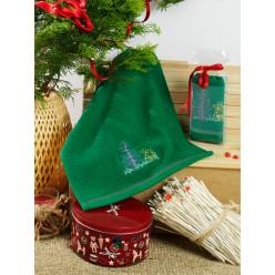 Махровое полотенце на кухню из хлопка с вышивкой NOEL в подарок