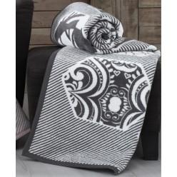 Мягкий хлопковый плед ALARA 180x240 белый с черным орнаментом