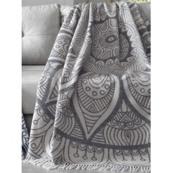 Мягкий хлопковый плед с бахромой DAMLA 150x240 кремовый с серым орнаментом