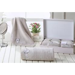 Комплект махровых полотенец  c гипюром SUENA