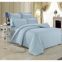 Семейный комплект постельного белья однотонный сатин нежно голубой