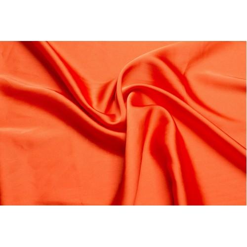 Интернет магазин R&M предлагает поиграть в модные тренды и интегрировать цвет 2019 года в наш быт. Предлагаем покрывала и комплекты постельного белья кораллового цвета в размерах евро, семейный, полуторка и 2 спальный.
