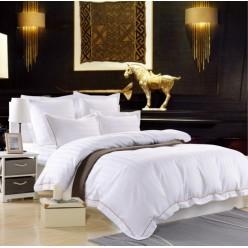 Однотонное постельное белье из сатина белое