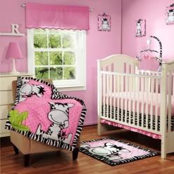 Комплект для новорожденных с бортиком для девочки